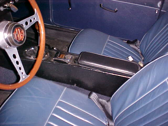 Early MGB AMCO Accessory Console