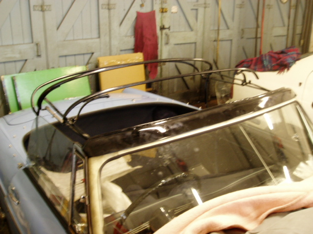Early MGB Deluxe Hood Frame