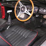 1968 MGB GT Crackle black dash leather pleated