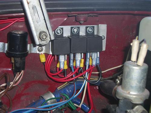 adding headlight relays (where to break wiring) mgb & gt 9003 headlight relay wiring diagram mgb headlight relay wiring #8