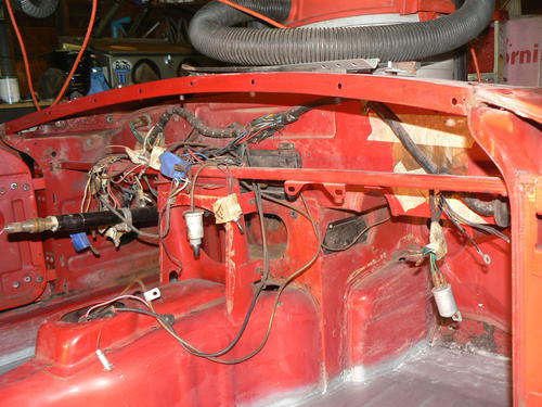 Any pictures of where the wire harness clips to the bulkhead behind the dash?  : MGB & GT Forum : MG Experience Forums : The MG ExperienceThe MG Experience