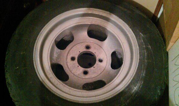 How To Read Tire Size >> Datsun 240Z wheels fit? : MGB & GT Forum : MG Experience Forums : The MG Experience
