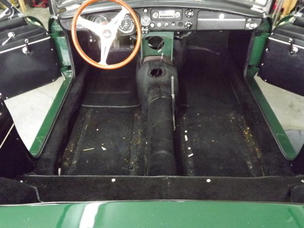 New Carpet Install Started Mgb Amp Gt Forum Mg