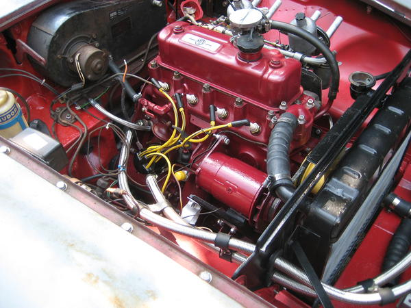 IMG_2128 what plug wires for distributor cap? mgb & gt forum mg 1980 mgb distributor wiring at edmiracle.co