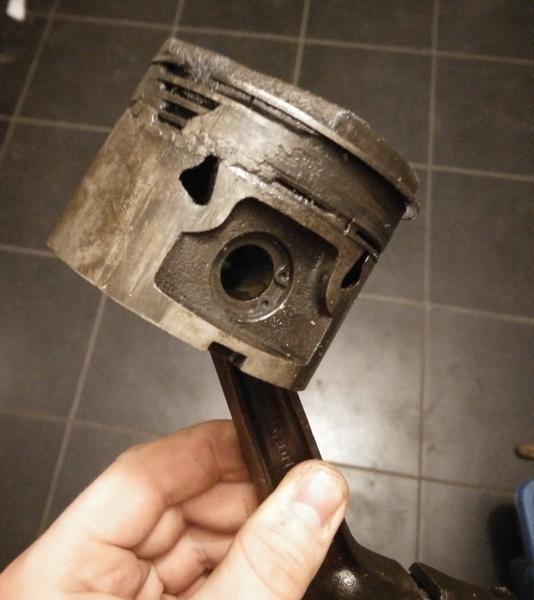Molten piston? : MGB & GT Forum : MG Experience Forums : The MG
