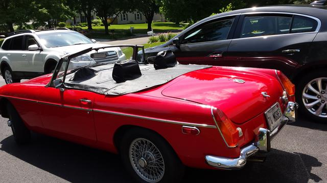 Tonneau Cover Question What Are These For Mgb Gt Forum Mg Experience Forums The Mg Experience