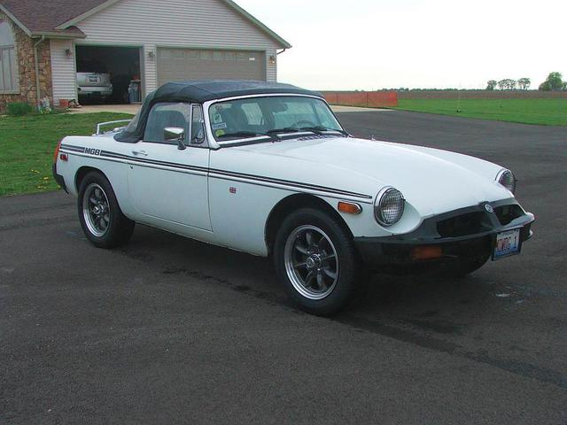15 X 5.5 MGC wire wheels on an MGB : MGB & GT Forum : MG Experience ...