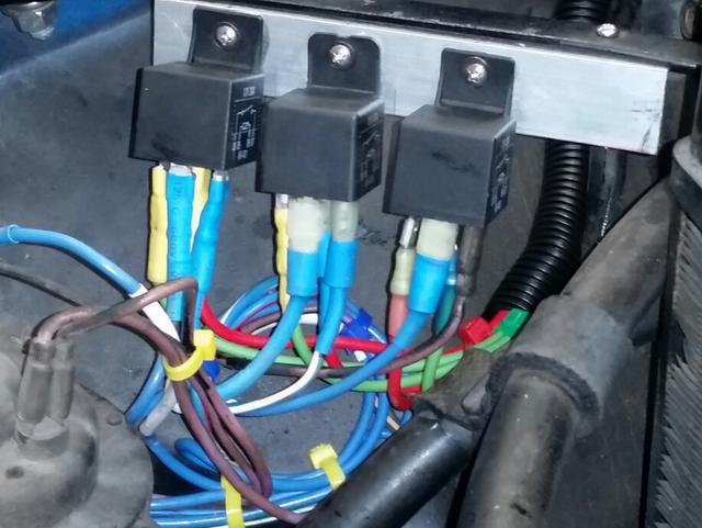 Picure of a properly wired fuse block for 71 MGB : MGB & GT Forum ...