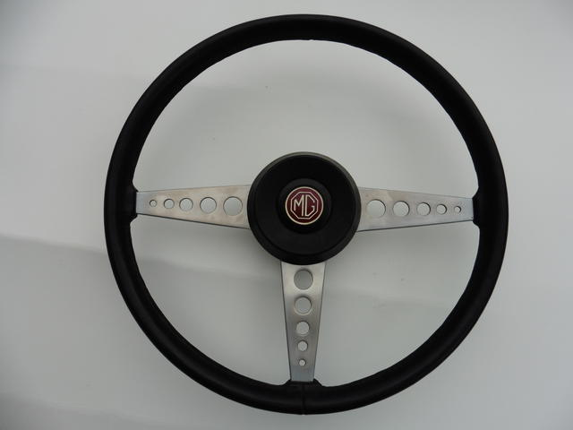 Steering Wheel 01.JPG