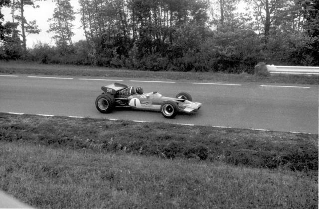 69 Grand Prix 01.jpg