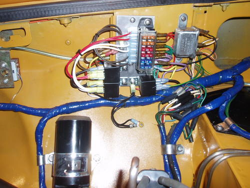 internal wiring on a gt and fusebox mounting plate (engine bay mgb dashboard wire connections mgb & gt forum