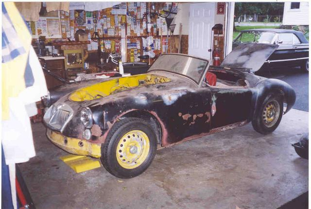 2005 Sept starting restoration at G Haynes garage.jpg