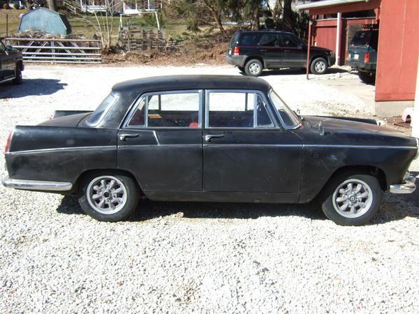 1960_MG_Magnette_MkIII_Black_Harry_Rathvon_000.jpg