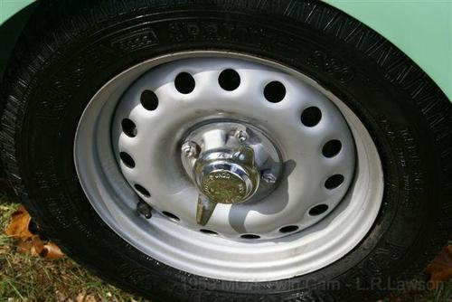 Mga Twin Cam Wheel
