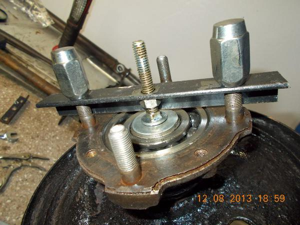 Bearing Puller Bicycle Hub : Rear wheel cylinder mg midget forum experience