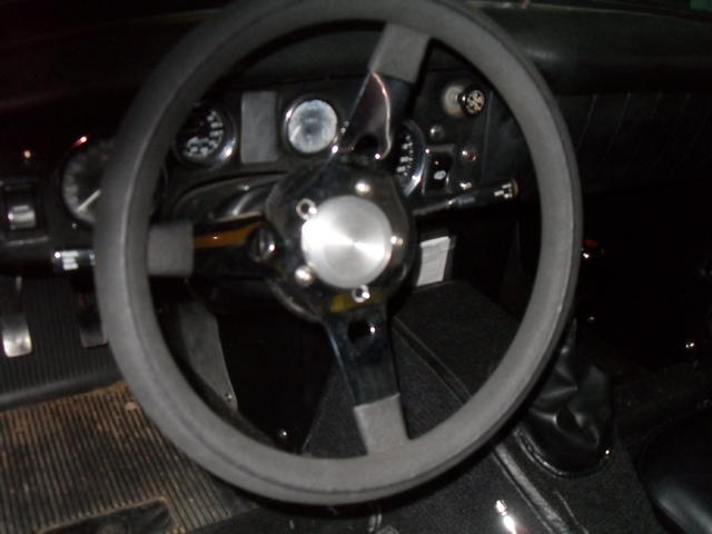 steering wheel pics 055.JPG
