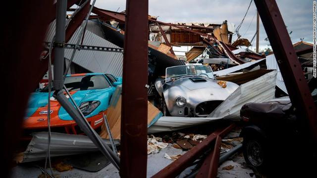 181012140019-02-hurricane-michael-1012-exlarge-169.jpg