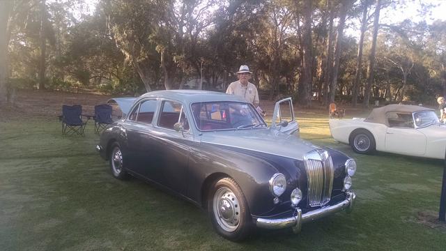 Hilton Head Car Club Showcase Cresent Award 002a.jpg