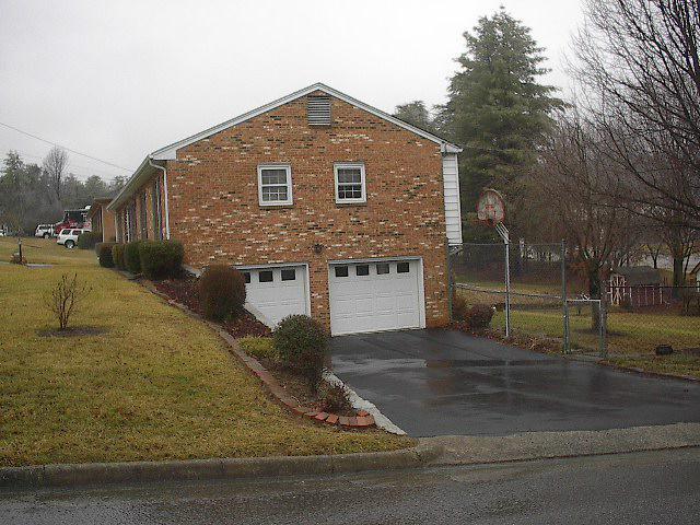 3005 Purple Finch Road House 014.JPG