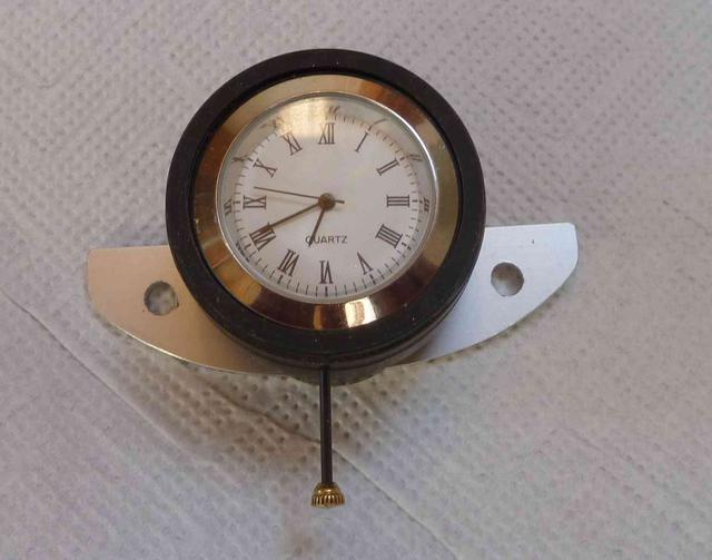 Declan_Burns_replacement_clock_MG_TD.JPG