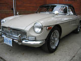 Greg M 1970 MG MGB Sandy Beige