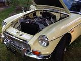 Clint Jackson 1969 MG MGB Primrose yellow